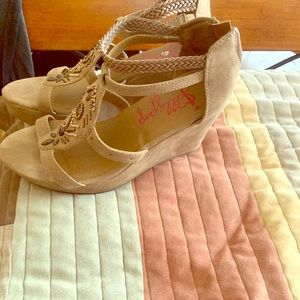 Size 11 comfortable wedges